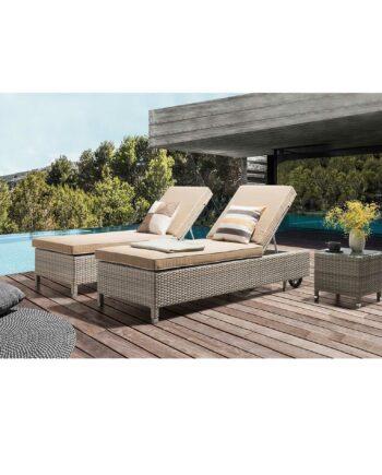 Calma sunbed next to pool